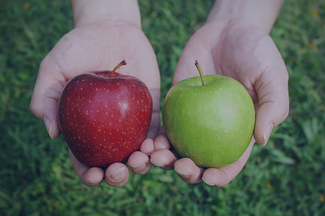 2 apples compared